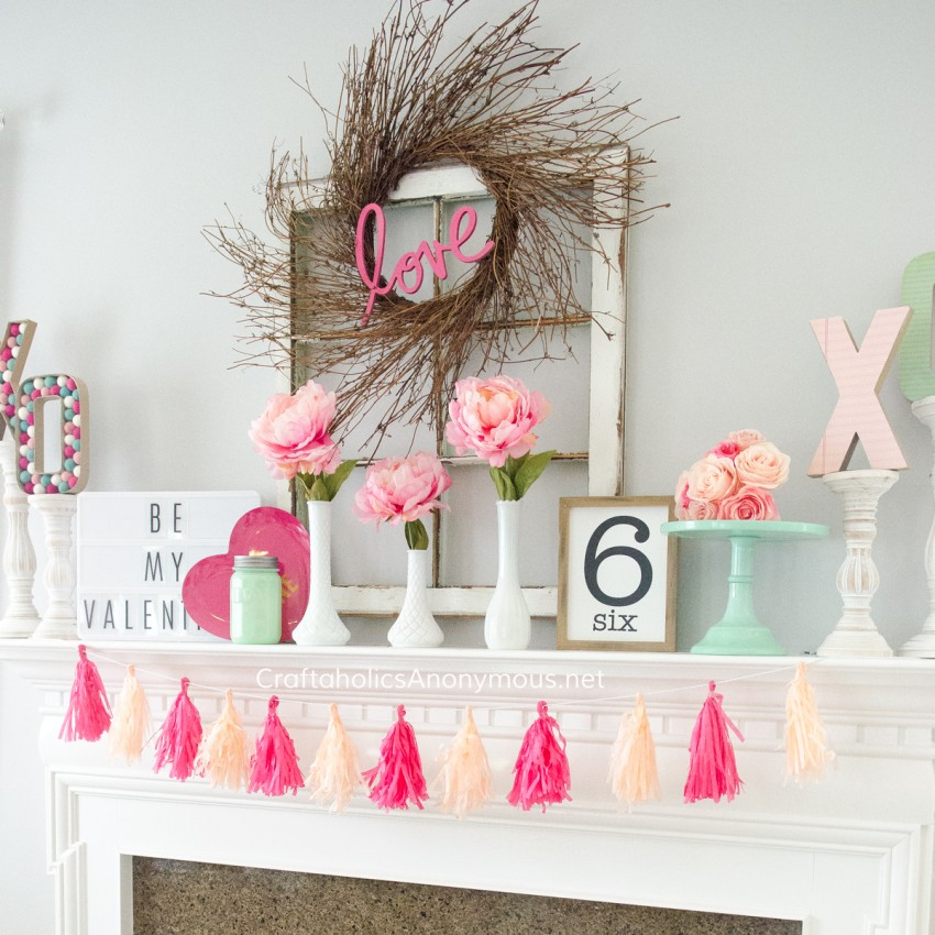 Valentine Mantel Decor @CraftaholicsAnonymous