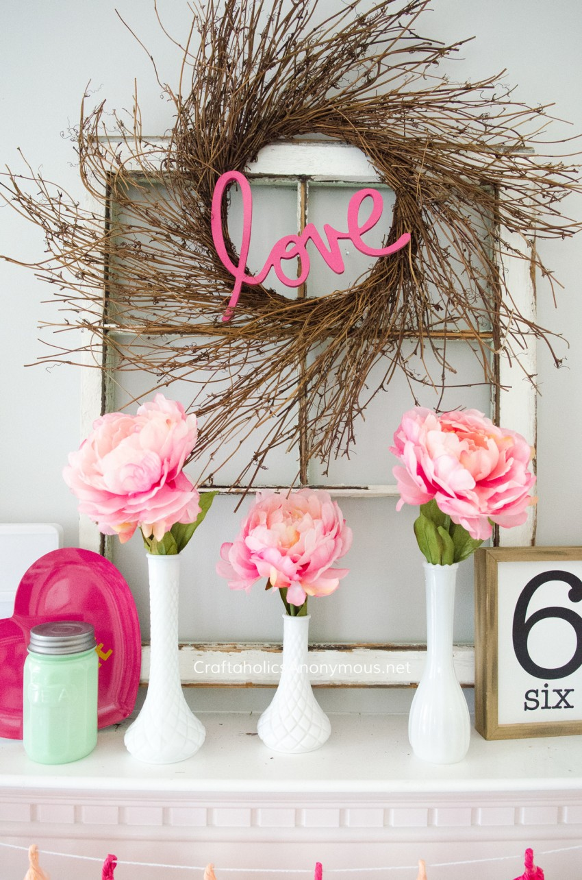 DIY Valentine's day Wreath, Valentine mantel, Valentine decor