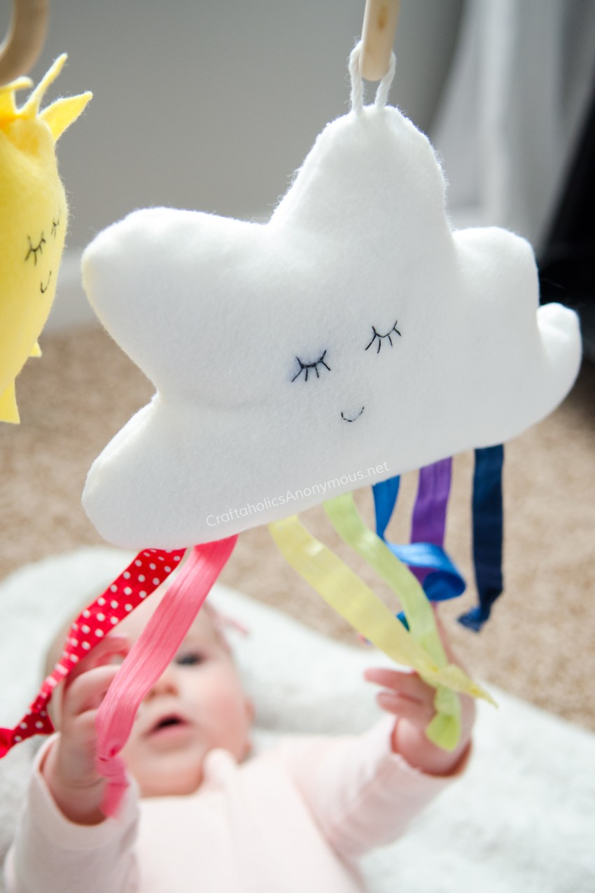 DIY Rainbow Cloud stuffy baby toy - Free Pattern