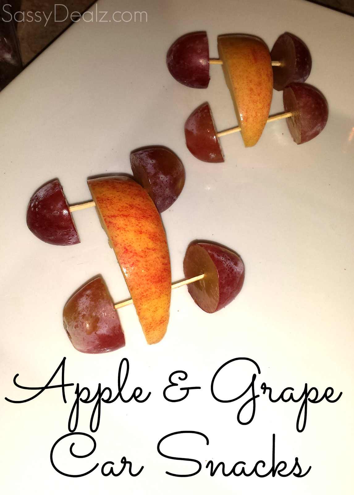 apple grape car snacks