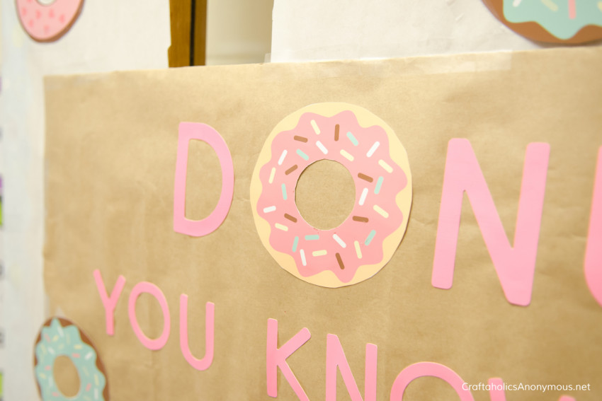 donut-door-close-up