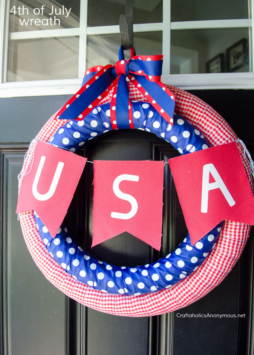 4th of July Wreath DIY tutorial :: Independence Day decor craft idea