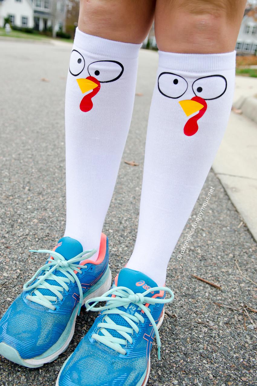 DIY Turkey Trot Socks - Make your own turkey socks!